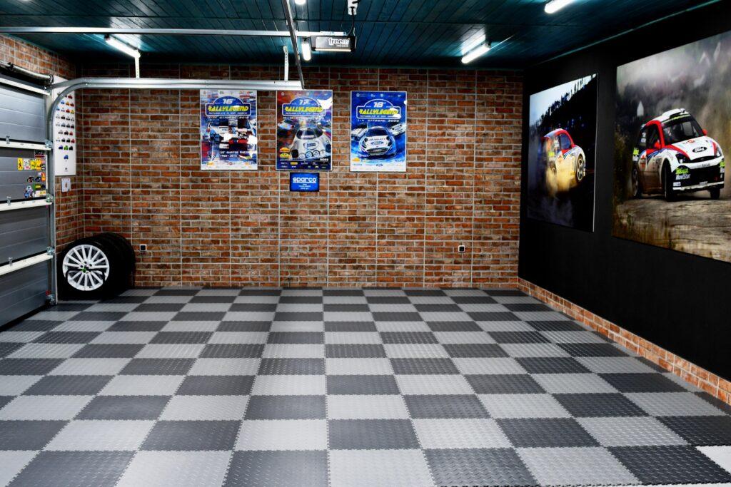 Garage, Slovacchi
